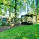 green-garden-room