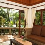 sunny-garden-room