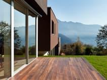 Sunny Garden Room Porch