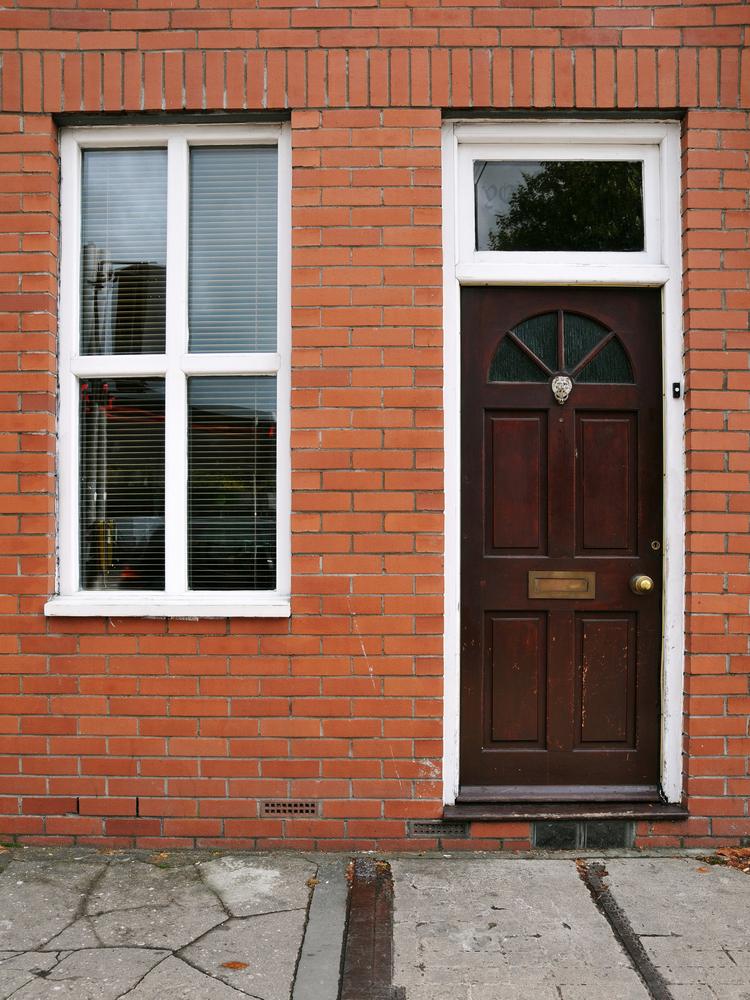 Wood timber oak mahogany doors huddersfield leeds for Window and door company