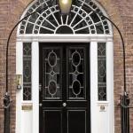 victorian-black-door